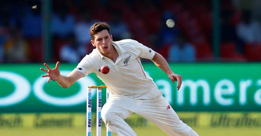 Mitchell Santner to miss IPL due to knee injury