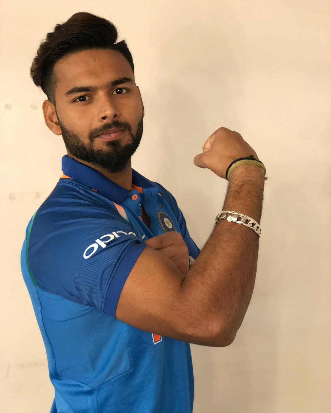 Rishabh Pant Indian Cricketer Girlfriend Weight Height Age Records And More India Fantasy